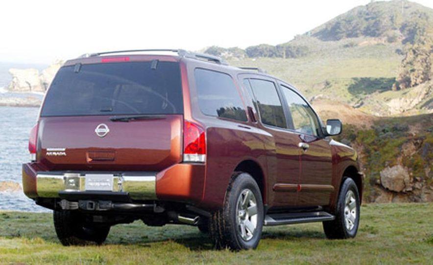 Nissan Pathfinder Armada LE - Slide 1