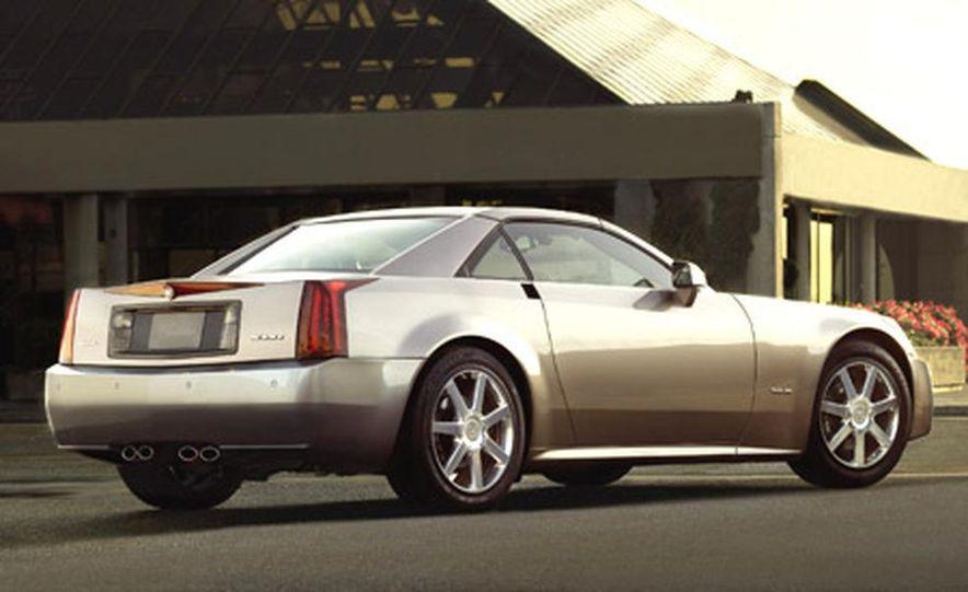2004 Cadillac XLR - Slide 7