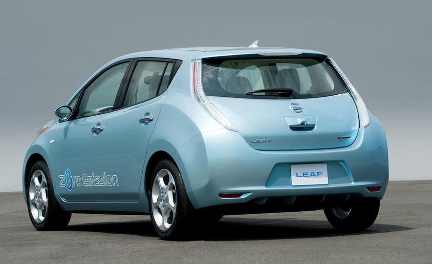 2011 Nissan Leaf - Slide 9