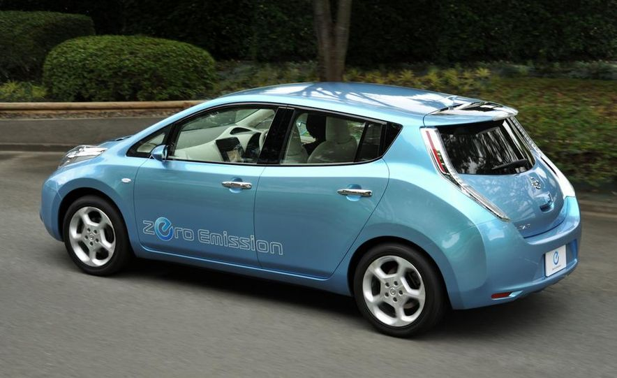 2011 Nissan Leaf - Slide 11