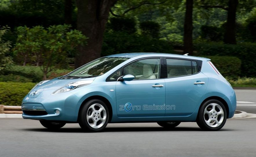 2011 Nissan Leaf - Slide 16