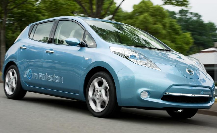 2011 Nissan Leaf - Slide 17