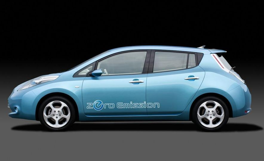 2011 Nissan Leaf - Slide 19