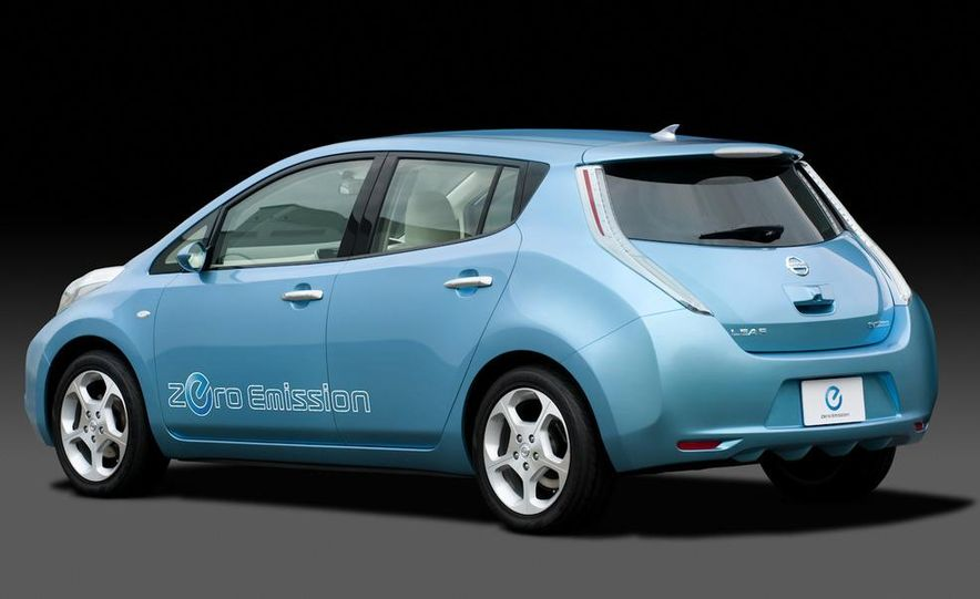 2011 Nissan Leaf - Slide 21