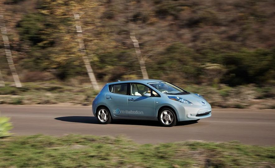 2011 Nissan Leaf - Slide 29