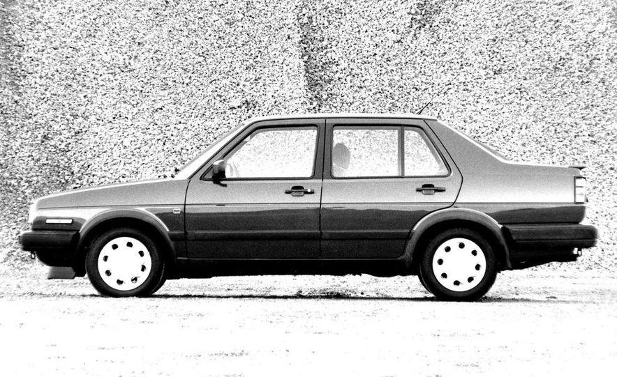 Volkswagen Jetta GLI 16V - Slide 1