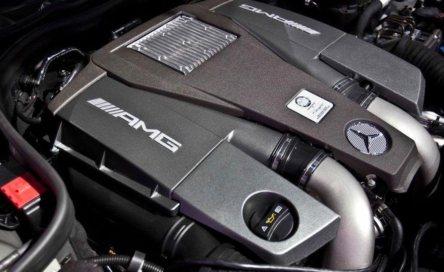 2012 Mercedes-Benz CLS63 AMG - Slide 27