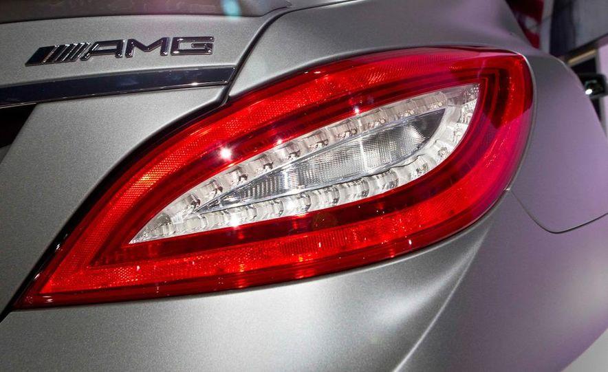 2012 Mercedes-Benz CLS63 AMG - Slide 10