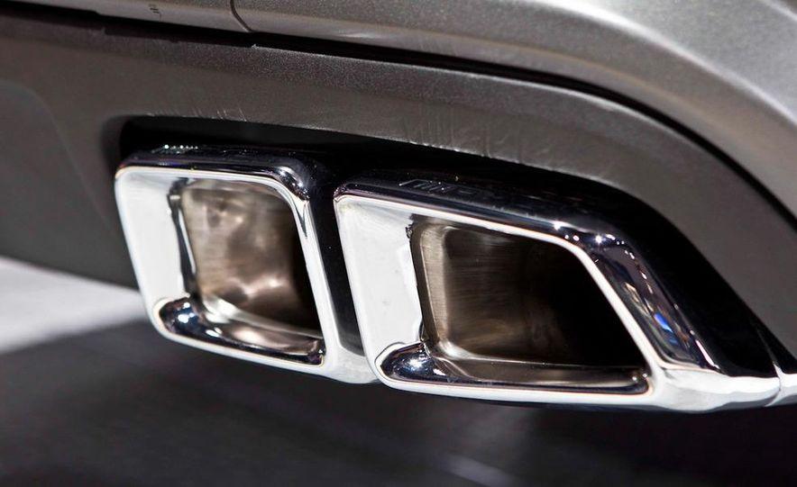 2012 Mercedes-Benz CLS63 AMG - Slide 11