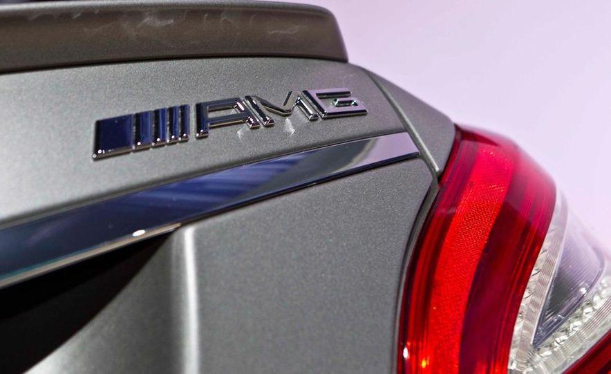 2012 Mercedes-Benz CLS63 AMG - Slide 19