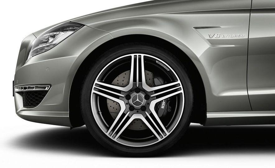 2012 Mercedes-Benz CLS63 AMG - Slide 41