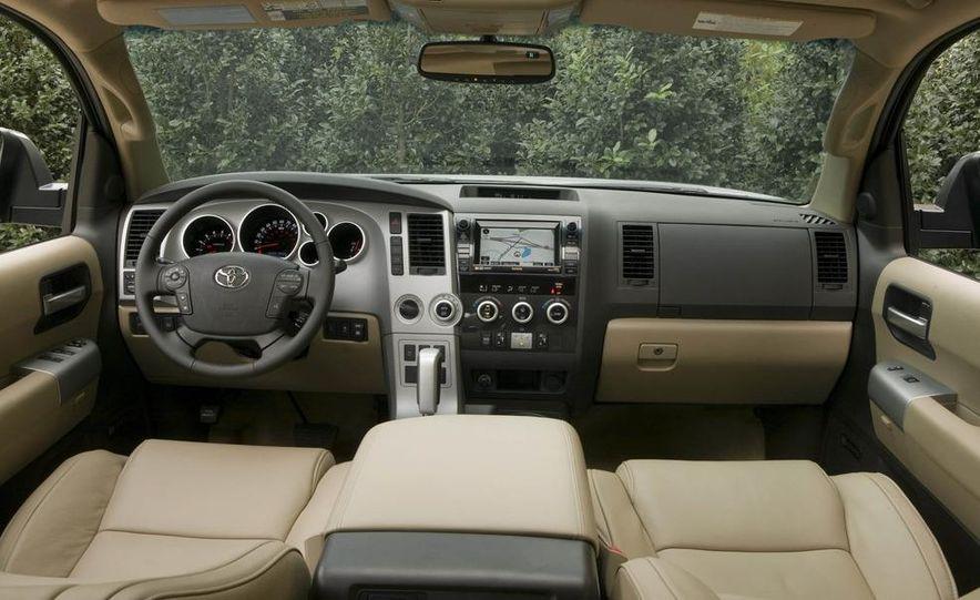 2008 Toyota Sequoia Platinum 4WD - Slide 6