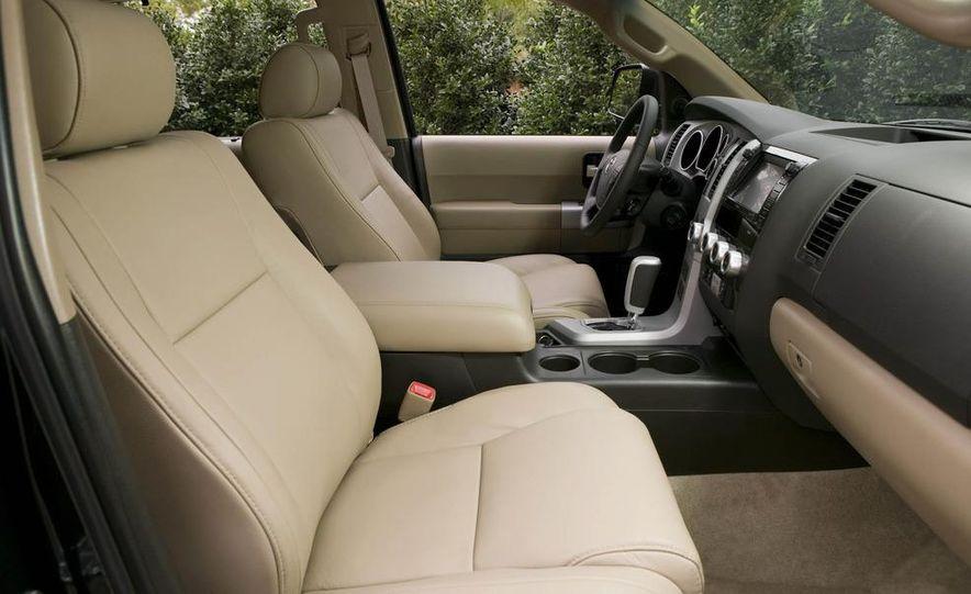 2008 Toyota Sequoia Platinum 4WD - Slide 7