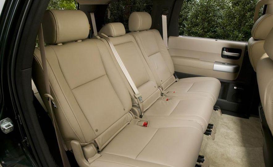 2008 Toyota Sequoia Platinum 4WD - Slide 8