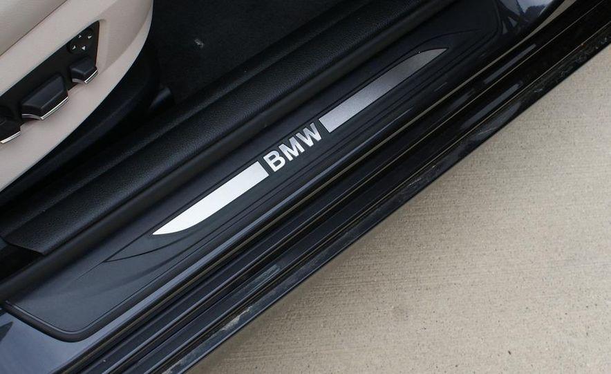 2012 BMW 528i - Slide 20