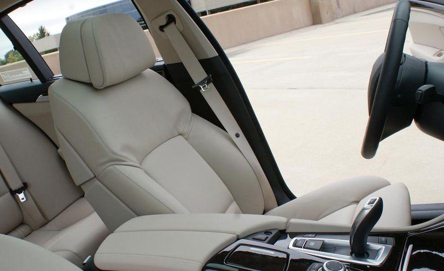 2012 BMW 528i - Slide 18