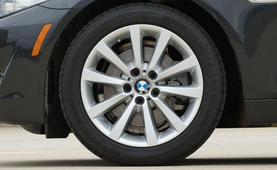 2012 BMW 528i - Slide 10