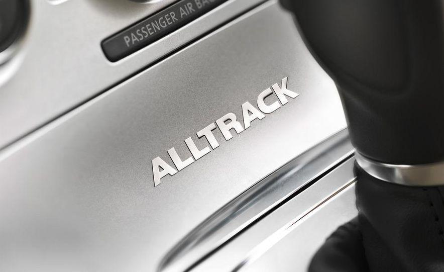 2012 Volkswagen Passat Alltrack - Slide 25