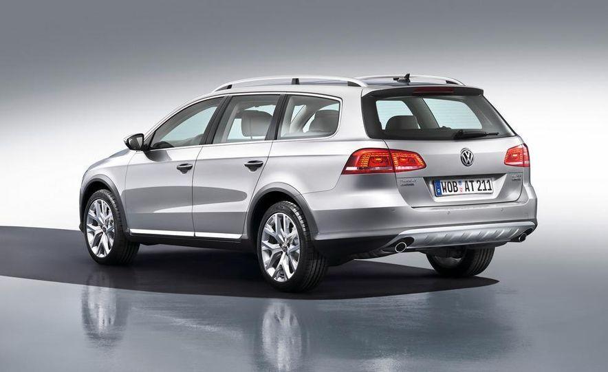 2012 Volkswagen Passat Alltrack - Slide 3