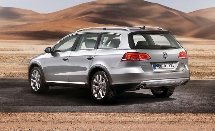2012 Volkswagen Passat Alltrack - Slide 17