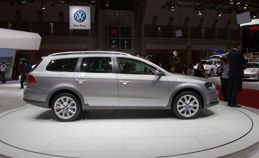 2012 Volkswagen Passat Alltrack - Slide 7