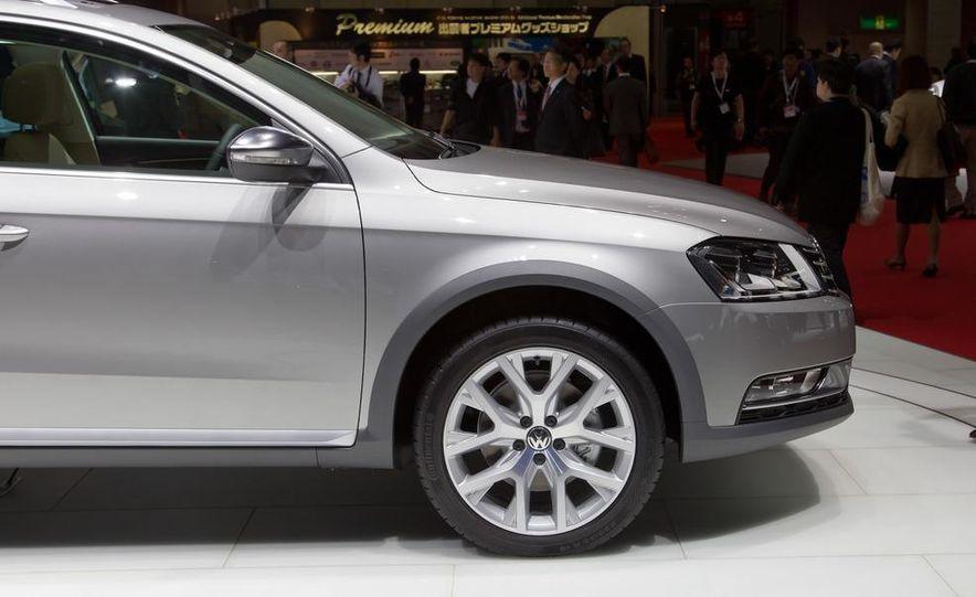 2012 Volkswagen Passat Alltrack - Slide 12