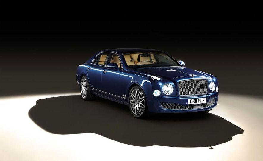 2013 Bentley Mulsanne Executive Interior concept - Slide 1
