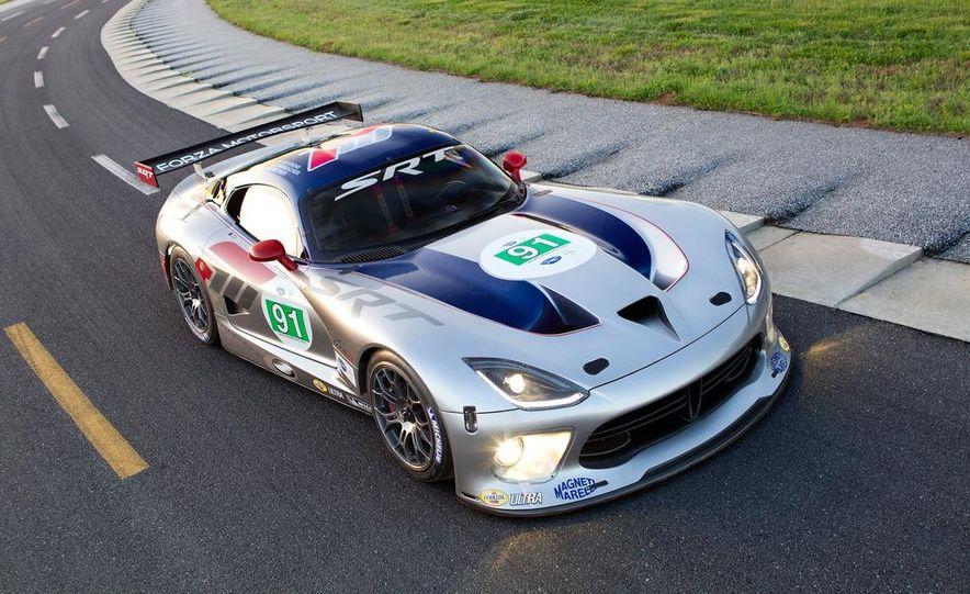 SRT Motorsports Viper GTS-R - Slide 12
