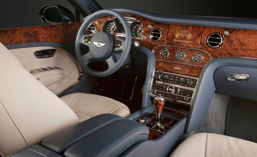 Bentley Mulsanne Diamond Jubilee Edition - Slide 13