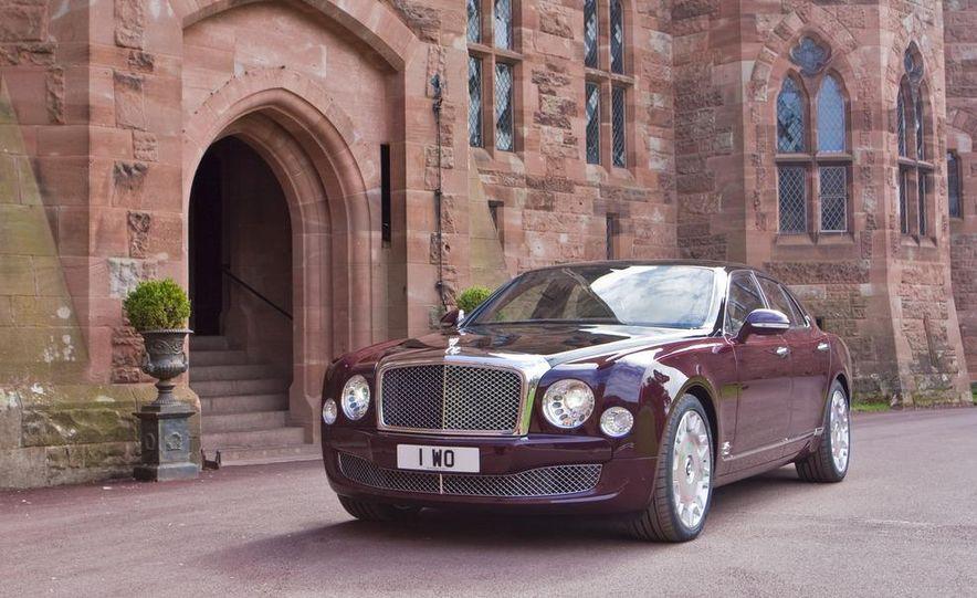 Bentley Mulsanne Diamond Jubilee Edition - Slide 2