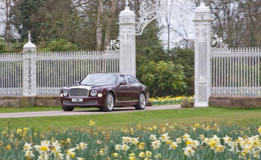 Bentley Mulsanne Diamond Jubilee Edition - Slide 6