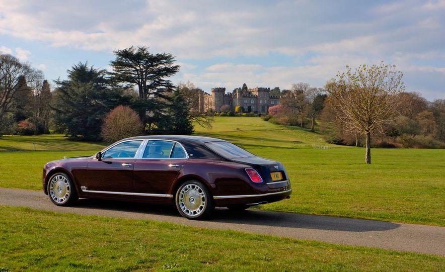 Bentley Mulsanne Diamond Jubilee Edition - Slide 9