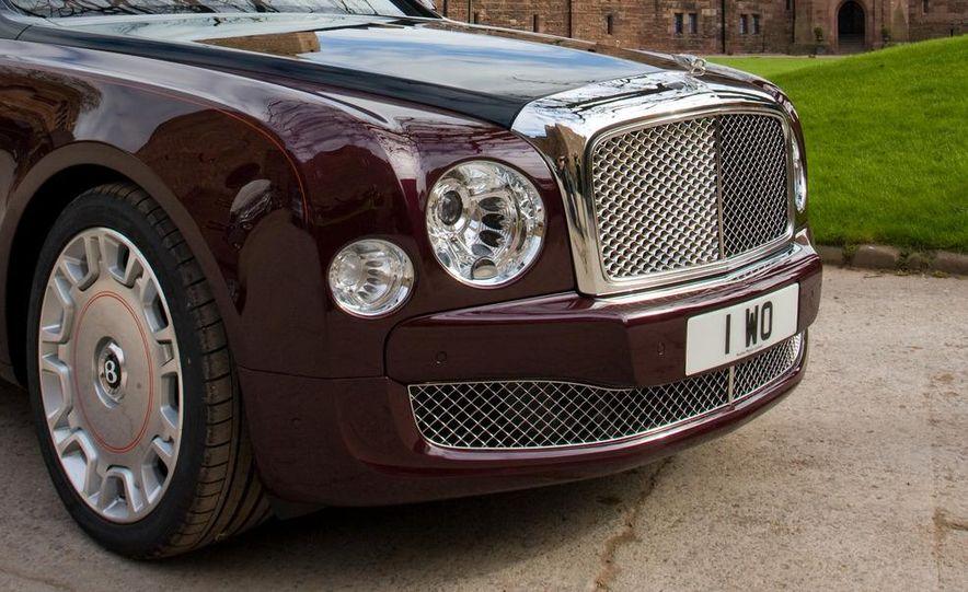 Bentley Mulsanne Diamond Jubilee Edition - Slide 11