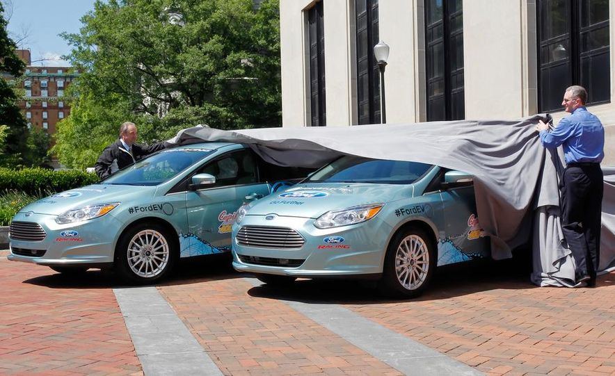 2012 Ford Focus Electric pace cars - Slide 1