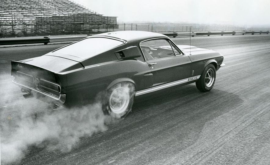 1967 ford mustang shelby gt 500 slide 2