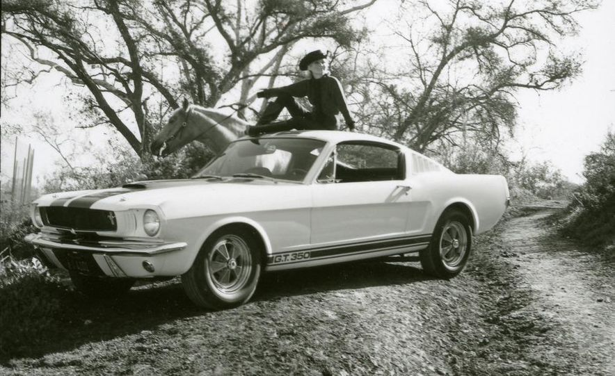 1965 Ford Mustang Shelby GT350 - Slide 5