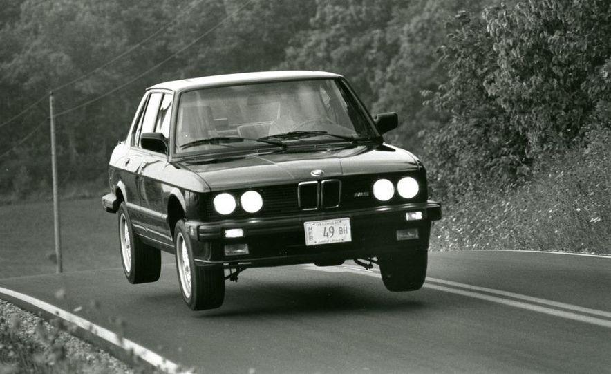 1987 BMW M5 - Slide 1