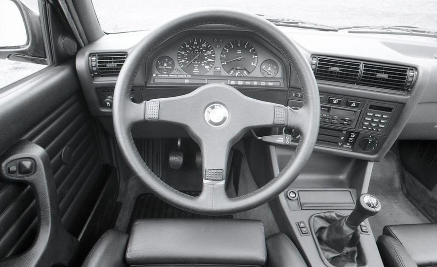 1988 BMW M3 coupe - Slide 13
