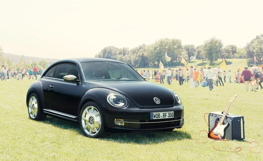 Volkswagen Beetle Fender edition - Slide 1