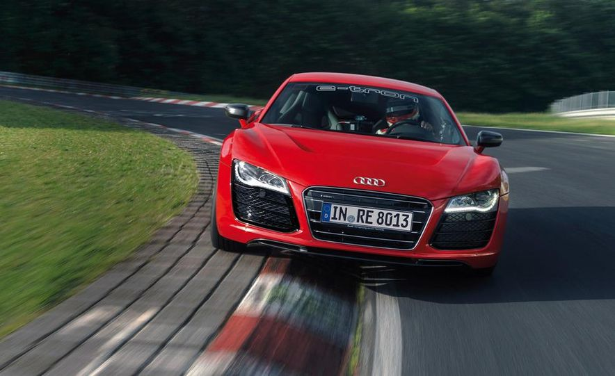 Audi R8 e-tron - Slide 6