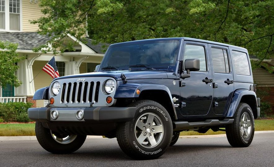 2012 Jeep Wrangler Freedom Edition - Slide 3