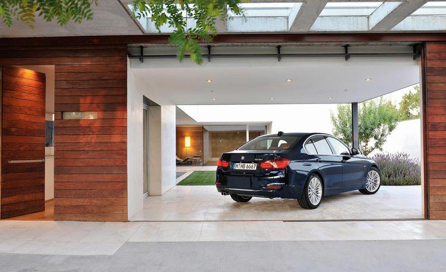 2014 BMW 3-series Five-Door Hatchback (spy photo) - Slide 32