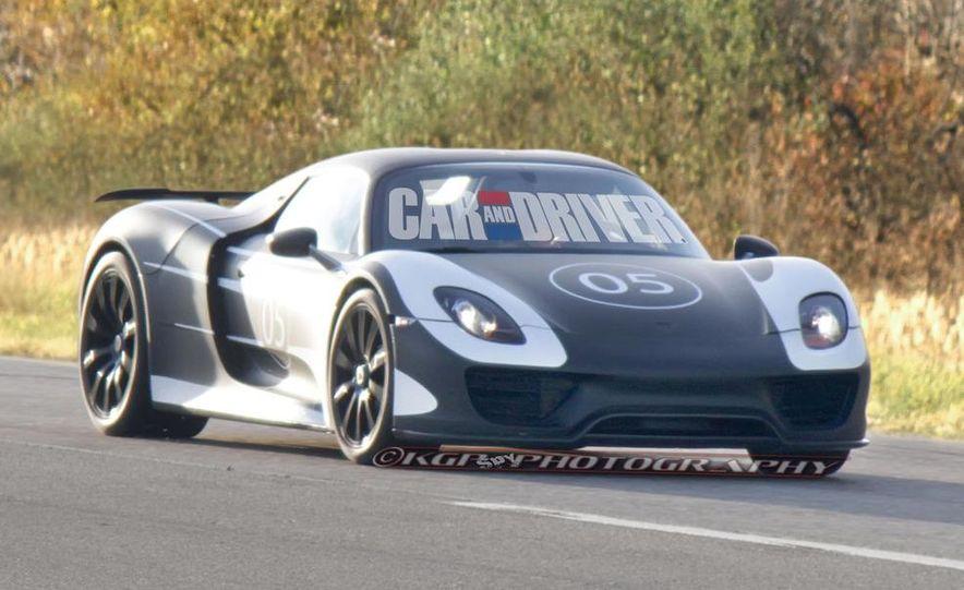 2014 Porsche 918 Spyder with Martini Racing livery - Slide 15