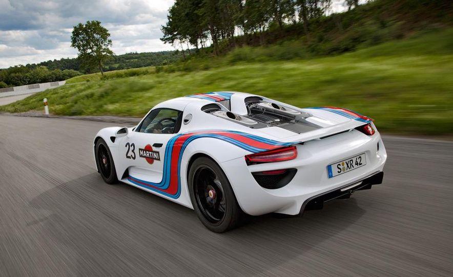 2014 Porsche 918 Spyder with Martini Racing livery - Slide 3