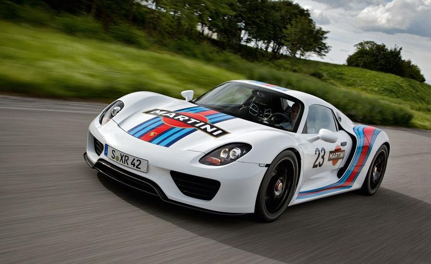 2014 Porsche 918 Spyder with Martini Racing livery - Slide 4