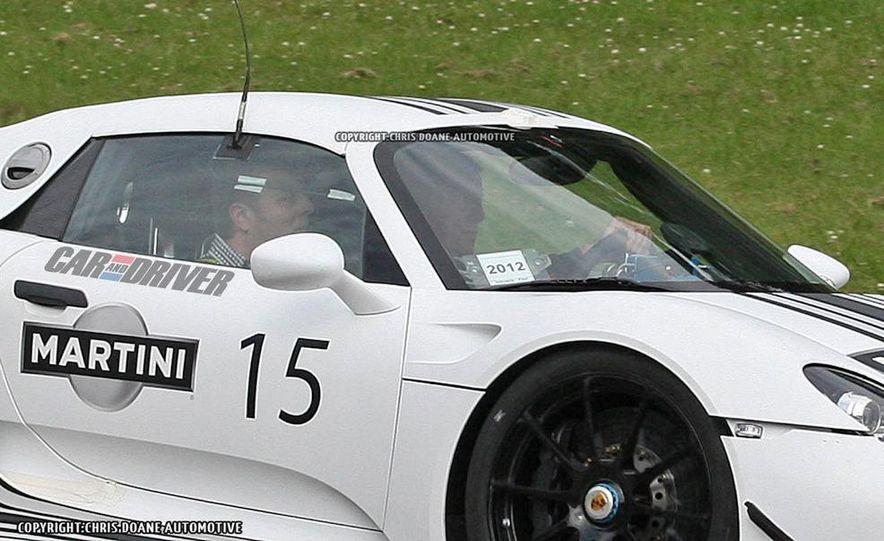 2014 Porsche 918 Spyder with Martini Racing livery - Slide 13