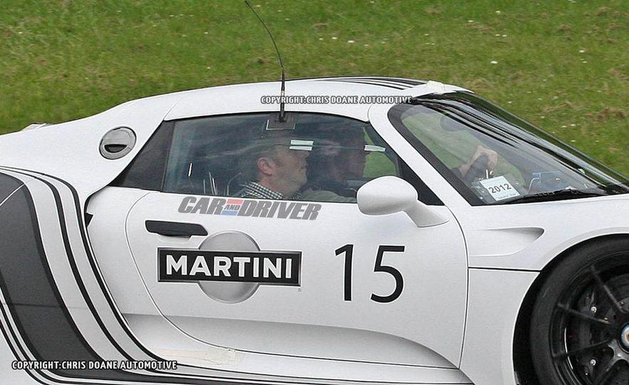 2014 Porsche 918 Spyder with Martini Racing livery - Slide 14