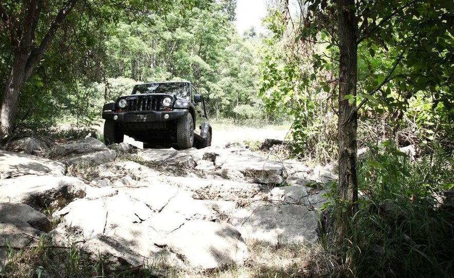 2013 Jeep Wrangler Unlimited Moab Edition - Slide 4