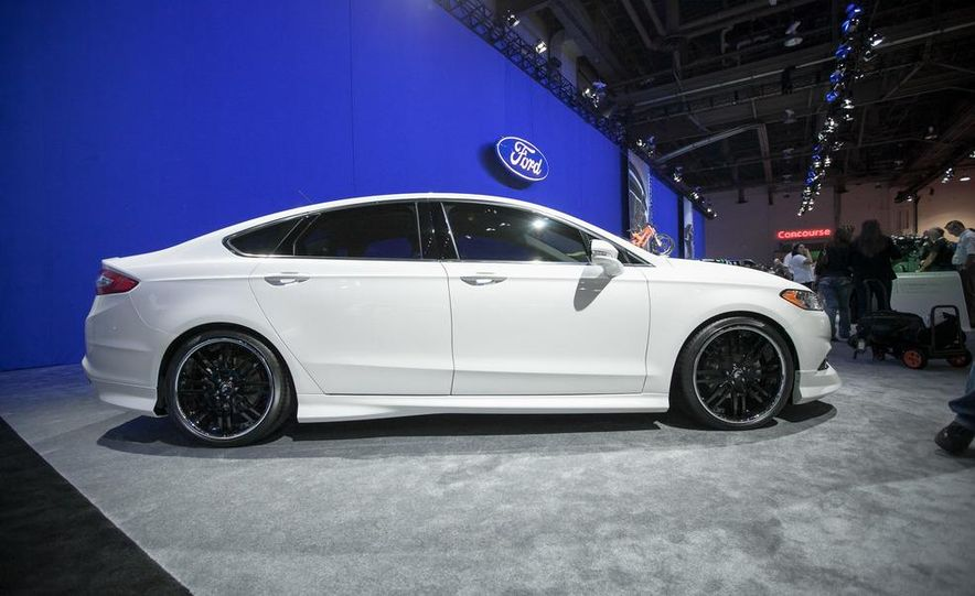2013 Ford Fusion SE Euro Series by 3dCarbon - Air Design - Slide 2