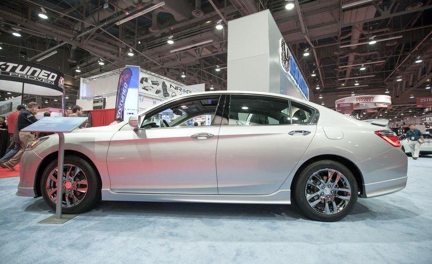 2013 Honda Accord HFP coupe - Slide 6